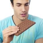 Μπορούμε να εντάξουμε την (αγαπημένη) σοκολάτα σε μία ισορροπημένη διατροφή;