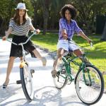 Πιο ευτυχισμένοι όσοι χρησιμοποιούν ποδήλατο